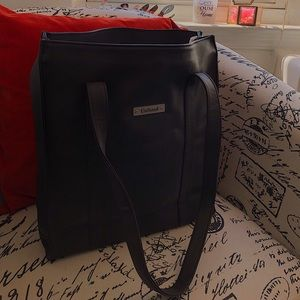 Black Kenneth Cole Unlisted Purse